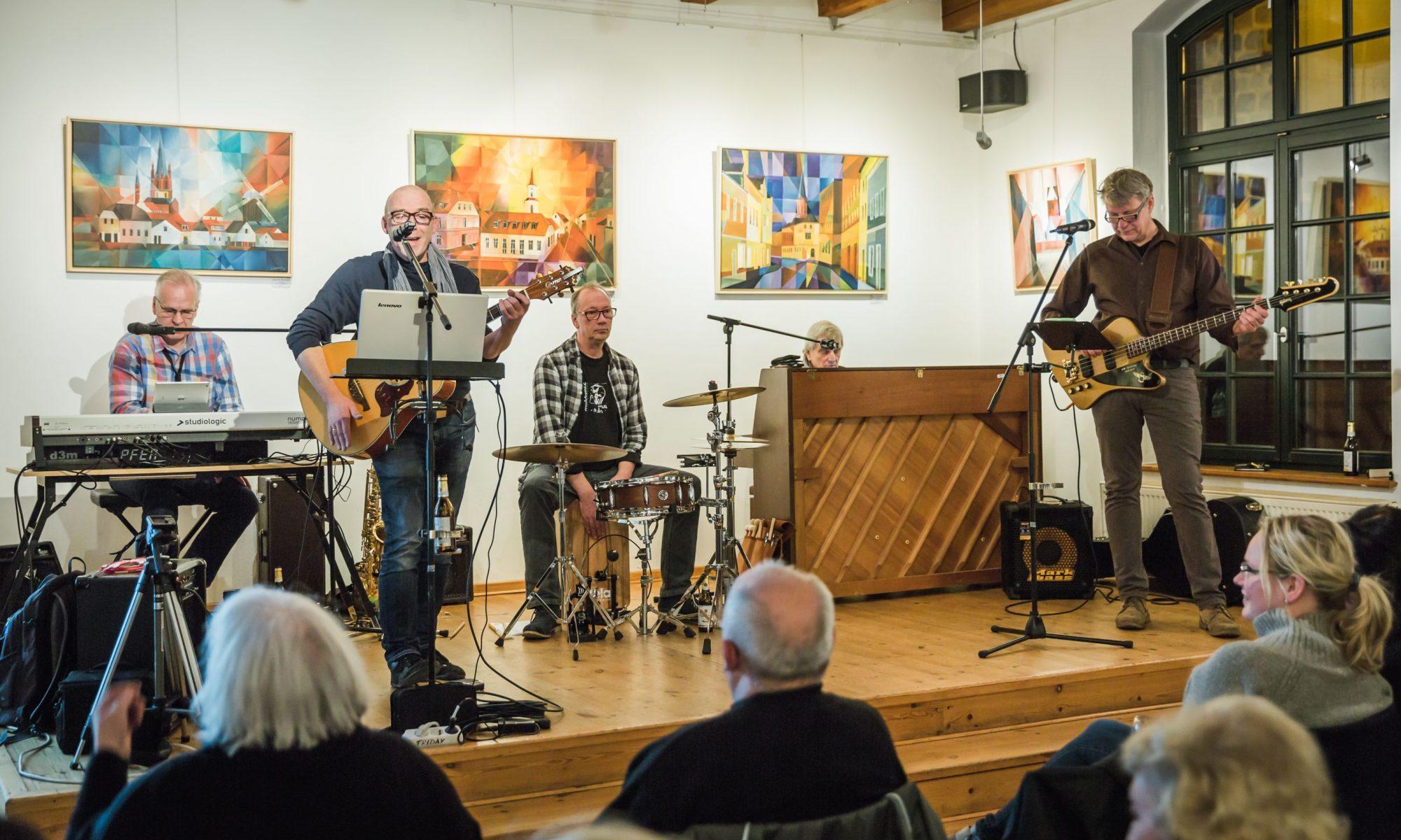 "SingInTown Band bei ""Teltow singt"" © Dirk Pagels"
